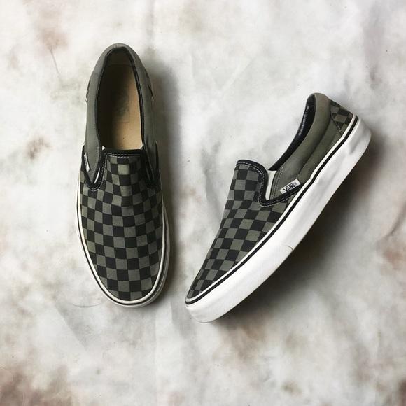 4d5d9d57b4 Men s VANS Classic Slip on Sneakers. M 5af1bb728af1c5f1a654519b